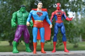 superheroes-1560256_1920