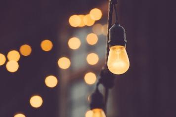 light-bulb-1209491_960_720